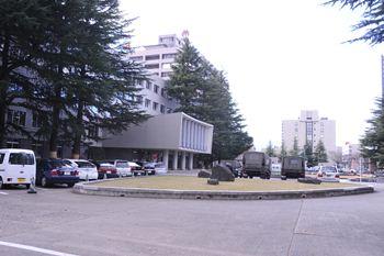 県庁駐車場2_R