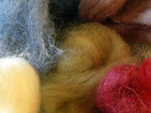 カラフルな羊毛
