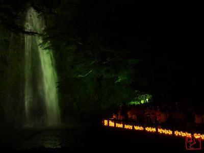 箕面の滝とキャンドルライト