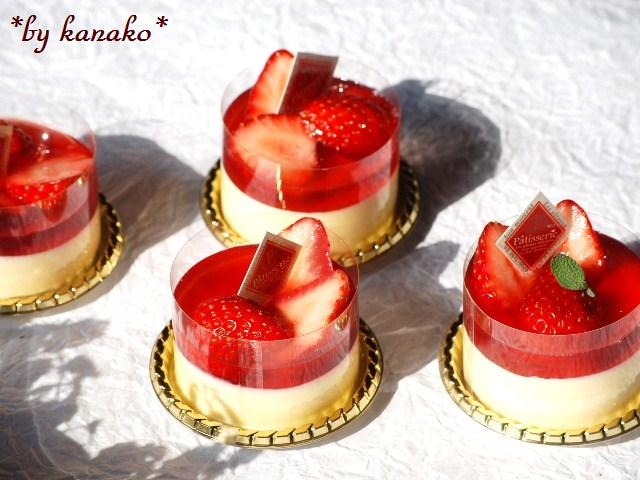 ●●●苺のババロア9