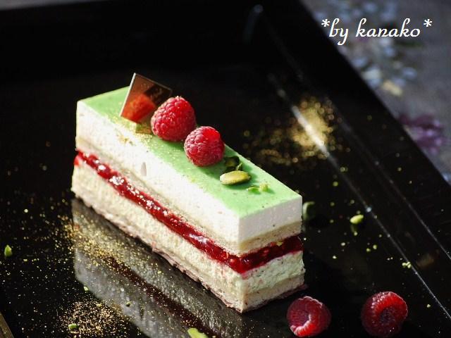 ●●●ピスタチオ&ホワイトチョコレートのケーキ7