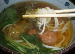 梅おぼろ 生麺で (3)
