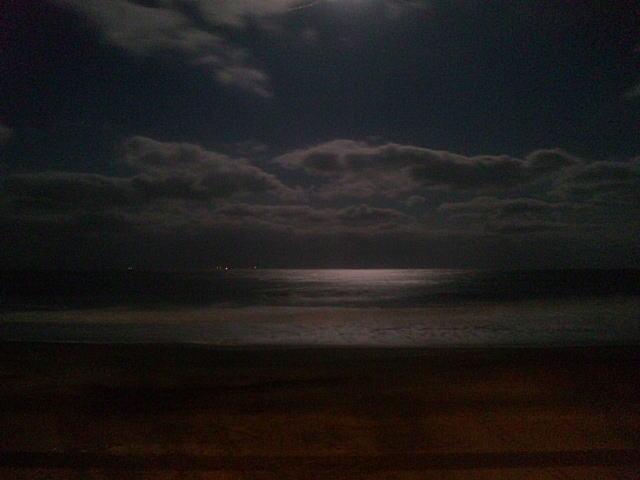 N君が撮った月の海♪