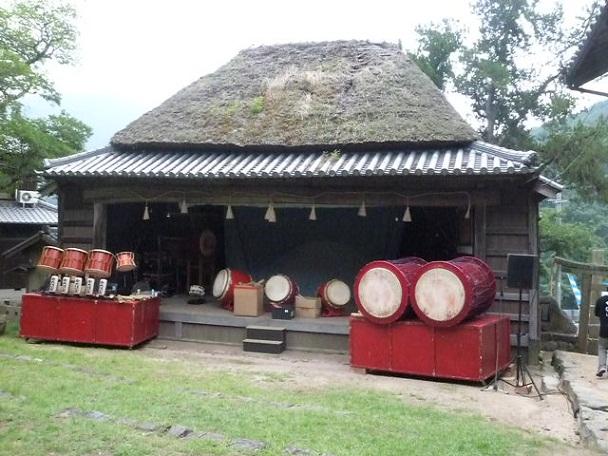 中山農村歌舞伎舞台です