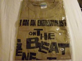 ビートニクスのTシャツです