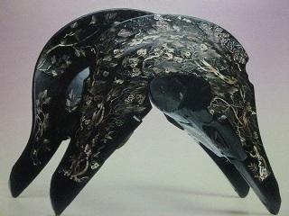 これが国宝時雨螺鈿鞍 うっとりするほどの美しさです