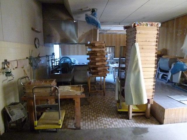 奥には製麺スペースがあります
