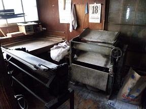 こっちは奥にある製麺機ですね