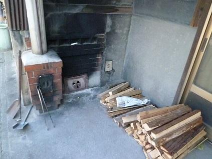 薪で炊いてます