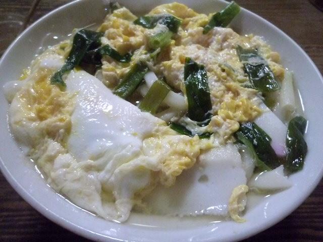 これが卵とじうどんです