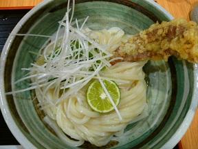刺さっているのは,鴨のささみの天ぷらです