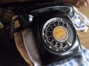 現役の黒電話