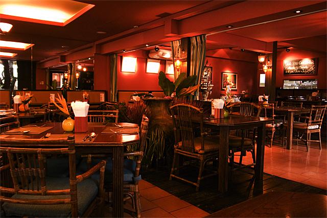 090731_001_ジムトンプソン・サラデーンカフェ