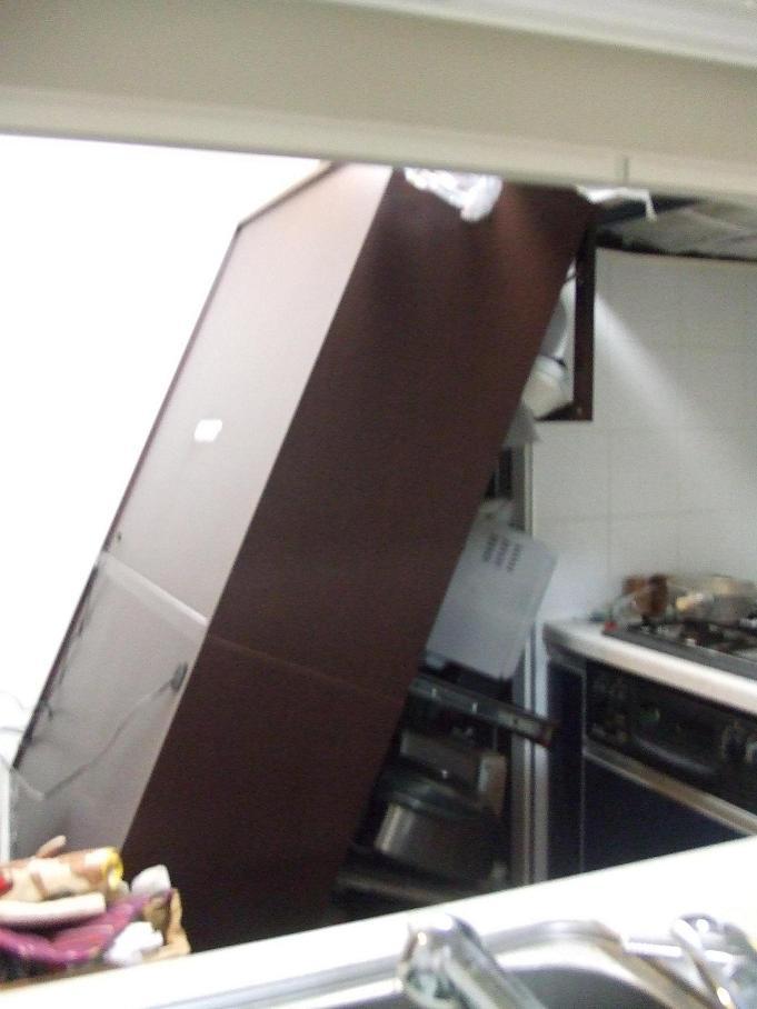 きむきむのぷーある日記_20110311_食器棚