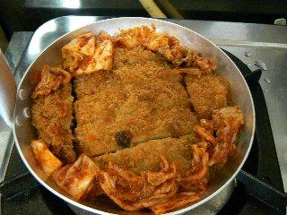 キムチカツ丼2