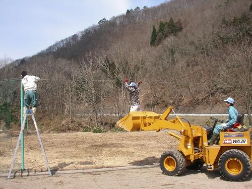2010年雪まつり4月片付け (5)
