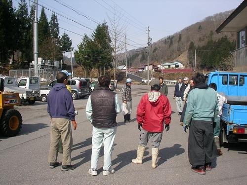 2010年雪まつり4月片付け (3)