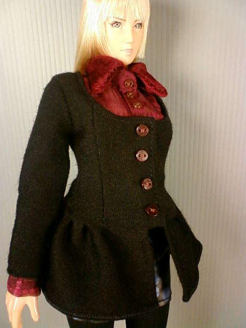 skirt_coat_a.jpg