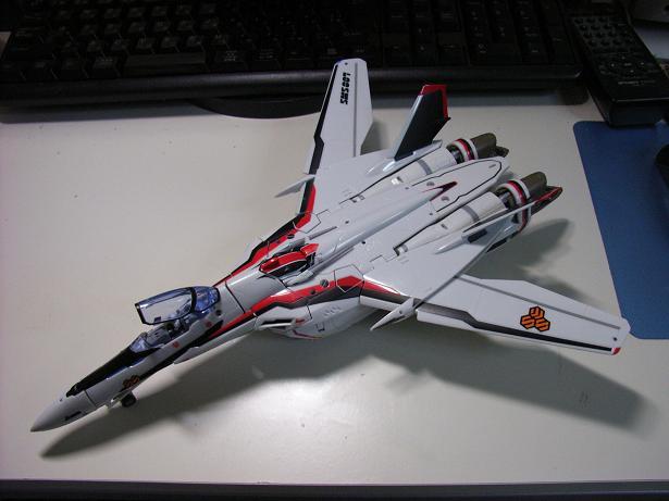 マクロスF、VF-25F 001
