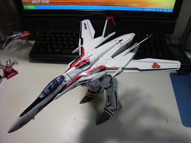マクロスF、VF-25F 004
