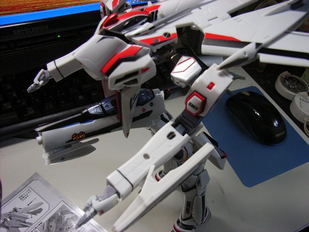 マクロスF、VF-25F 007