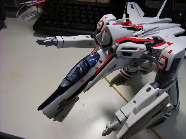 マクロスF、VF-25F 019
