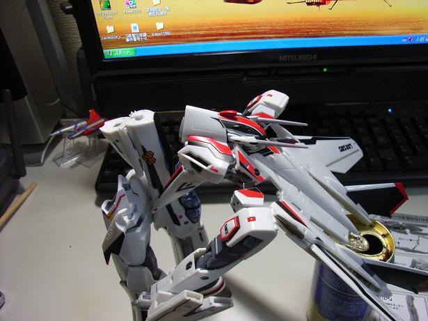 マクロスF、VF-25F 032