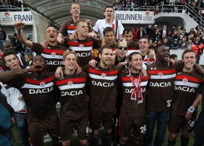 St. Pauli feiert den Aufstieg in die Bundesliga1