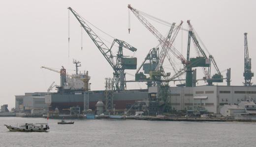 ばら積運搬船サニーロイヤルの進水式に出くわす-2