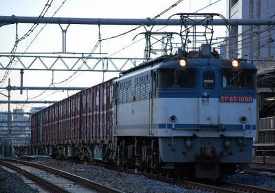 2082レ EF65-1090+コキ