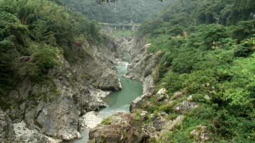 七宗町の飛水峡