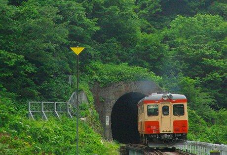 鎌倉山トンネル(南小谷行き)