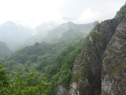 糸魚川市の翡翠峡