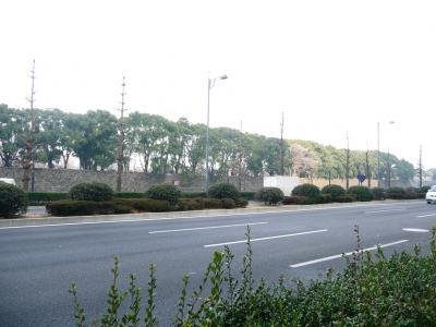 東京ぶらりひとり旅015日比谷通り二重橋前02