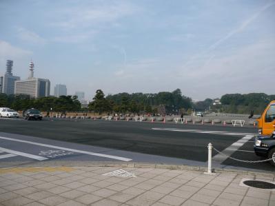 東京ぶらりひとり旅018皇居前広場01