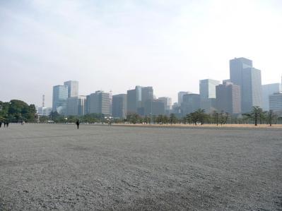 2010.2.19-東京ぶらりひとり旅020二重橋の北を見ると