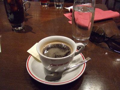 六本木  F1ピットストップカフェ コーヒー