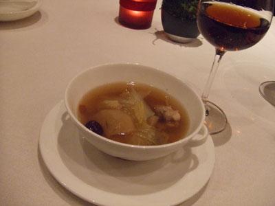 重慶飯店 麻布賓館 紹興酒鍋