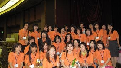 浜松北高校同窓会総 女性だけでパチリ