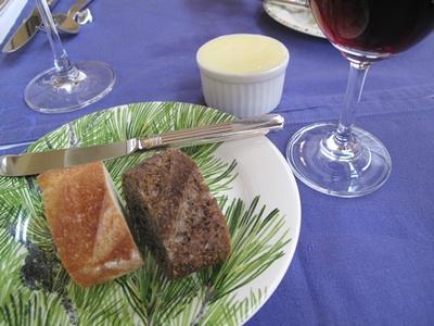 コム・ダビチュード パンとワイン
