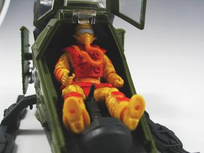 ゴースト 操縦席3