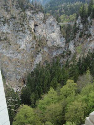 ノイシュヴァンシュタイン城 全体撮れる橋