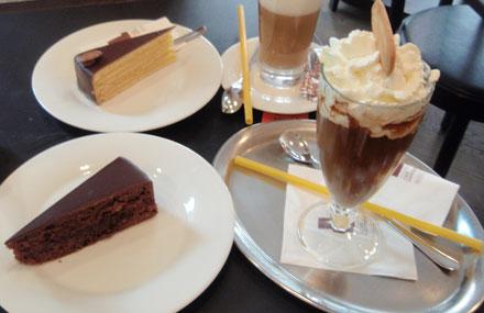 バームクーヘンとアイスコーヒー