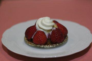 prince_cake_1.jpg