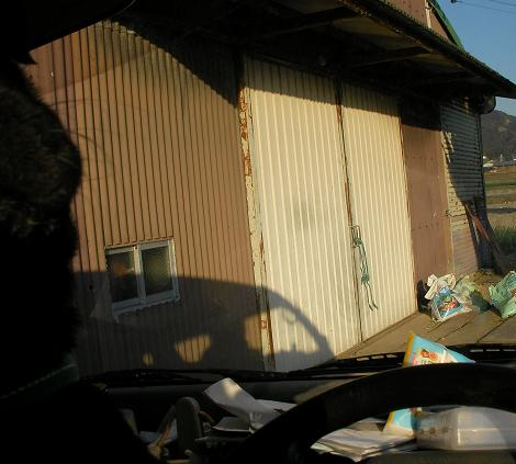 鳥居の倉庫