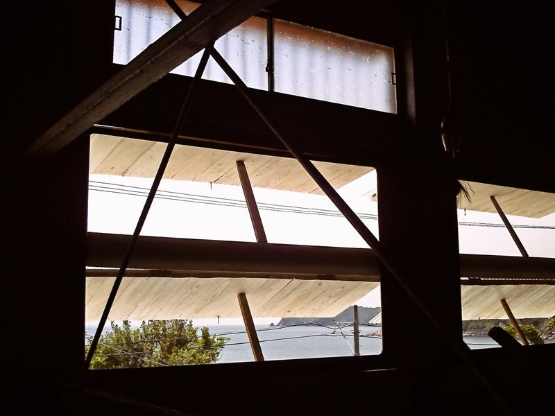 ラブラックカフェ・窓