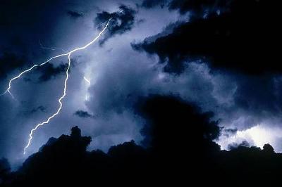 lightning10.jpg