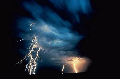 lightning12.jpg