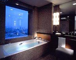 room_corner3.jpg
