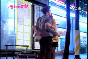 小?女孩向前冲-19.rmvb_snapshot_00.18.25_[2011.12.30_00.22.13]